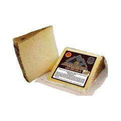 Manchego Kosher Cheese Wedges (Sheep) (La Mancha). Pack 12 x 200 g.
